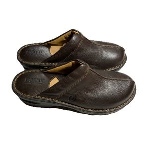Born Slip-on Clogs